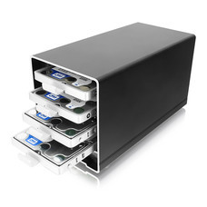 Akitio Thunder2 Quad Mini กล่องอ่าน HDD/SSD 4 ช่อง ขนาด 2.5