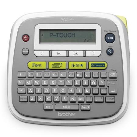 Brother เครื่องพิมพ์ฉลาก รุ่น PTD200