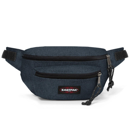 EASTPAK รุ่น DOGGY BAG - Triple Denim กระเป๋าคาดเอว EK07326W