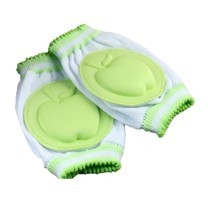 สนับเข่าเด็ก ลายแอ๊ปเปิ้ล 2 คู่ ( สีเขียว)