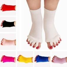 หลับสบายถุงเท้าใส่นอน นวดเท้า แบบแยกนิ้ว Massage Socks