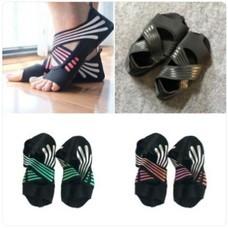 ถุงเท้าโยคะ พิลาทิส Half Toe Pilates Shoes Yoga Socks Size  - มีไซต์และสีให้เลือก