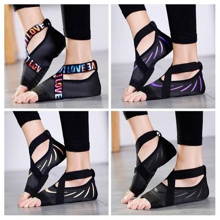 ครบทุกไซส์ 4 สีใหม่ให้เลือก Half Toe Yoga Shoes Five-Toe Grip Non-Slip Soft Soles Professional Ballet Pilates Shoes
