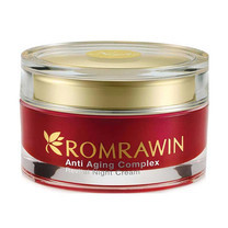 Romrawin Revital Night Cream 30 มล.