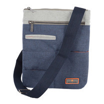 Pierre cardin กระเป๋าสะพายสีกรมท่า รุ่น PS4-SIM2043 BL