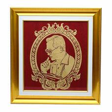 เยี่ยมศิลป์ กรอบรูปสำเร็จ ผ้าไหมพื้นสีแดง ในหลวงราชกาลที่ 9 YS-0014