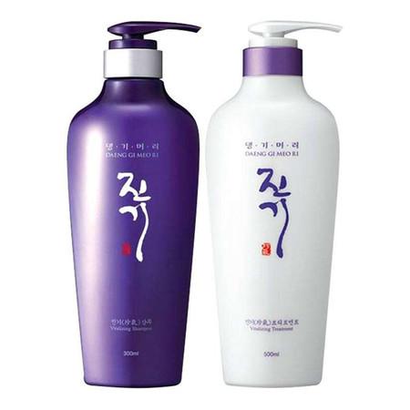 Daeng Gi Meo Ri Shampoo and Treatment 300 ml.