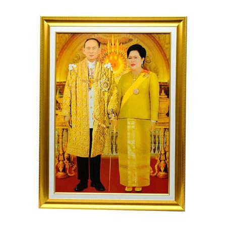 เยี่ยมศิลป์ กรอบรูปสำเร็จภาพโปสเตอร์ในหลวงราชกาลที่ 9 คู่ พระราชินี YS-0003