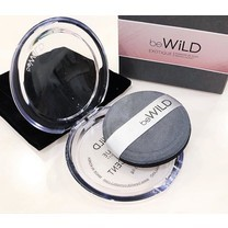 beWiLD EXOTIQUE Powder in Puff (Translucent) 3.6 g