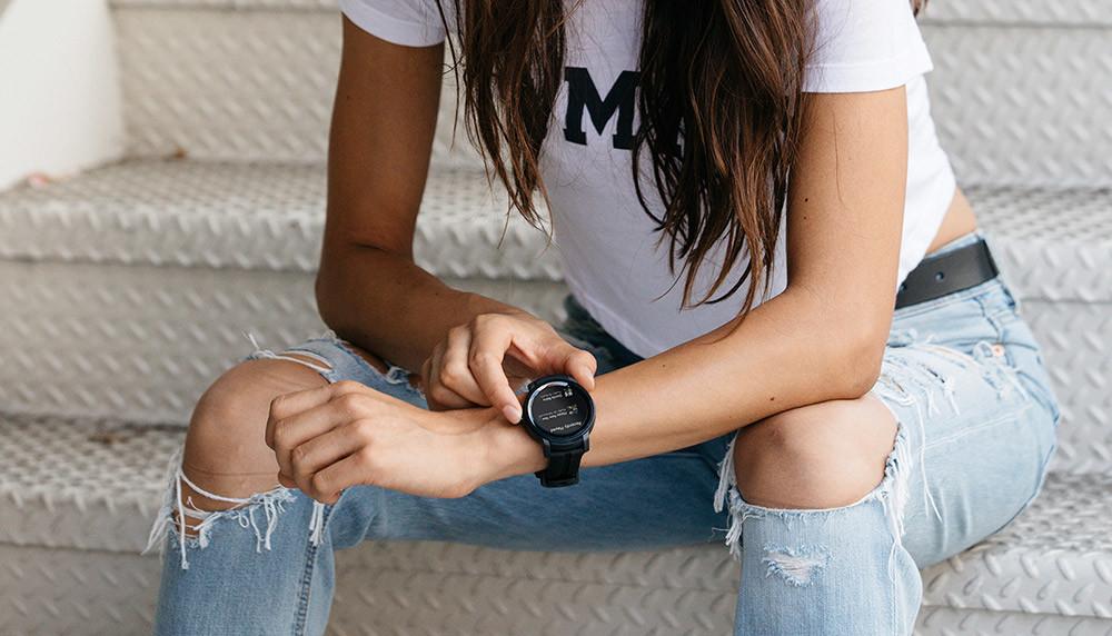 0002-a-smartwatch-ticwatch-e2---shadow-3