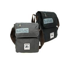 BP WORLD กระเป๋าสะพาย รุ่น B003 มีให้เลือก 2 สี ได้แก่ สีดำ และ สีเทา