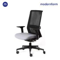 Modernform เก้าอี้ทำงานรุ่น HOWARD พนักพิงกลาง พนักพิงระบบซินโครไนซ์ล็อคได้ 3 ระดับ