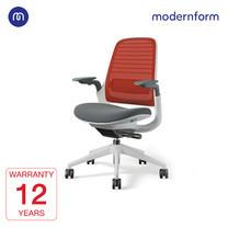 Modernform เก้าอี้ Steelcase ergonomic รุ่น Series1 พนักพิงกลาง สีแดง หุ้มด้วยผ้าตาข่ายไมโครนิต เก้าอี้เพื่อสุขภาพ