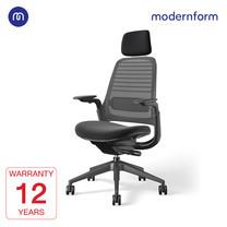 Modernform เก้าอี้ Steelcase ergonomic รุ่น Series1 พนักพิงศีรษะสูง สีดำ พนักพิงหลังสีเทาเข้ม เบาะสีดำ เก้าอี้เพื่อสุขภาพ