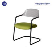 Modernform เก้าอี้ Visitor รุ่น ERA-C ดีไซน์โฉบเฉี่ยว ด้วยเหล็กท่อกลม ทำสีพาวเดอร์โค้ด เบาะนั่ง สีเขียว