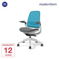 Modernform เก้าอี้ Steelcase ergonomic รุ่น Series1 พนักพิงกลาง สีฟ้า หุ้มด้วยผ้าตาข่ายไมโครนิต เก้าอี้เพื่อสุขภาพ