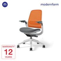 Modernform เก้าอี้ Steelcase ergonomic รุ่น Series1 พนักพิงกลาง สีส้ม หุ้มด้วยผ้าตาข่ายไมโครนิต เก้าอี้เพื่อสุขภาพ