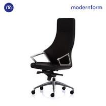 Modernform เก้าอี้สำนักงาน รุ่น G1900 พนักพิงสูง เบาะหุ้มหนังแท้สีดำ ขาอลูมิเนียม