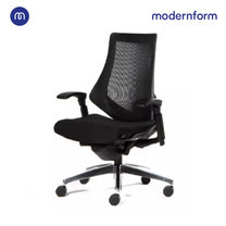 Modernform เก้าอี้สำนักงาน รุ่น FG พนักพิงกลาง หุ้มผ้าตาข่ายลายทาง สีดำ ขาอะลูมิเนียม