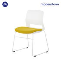Modernform เก้าอี้สัมมนา เก้าอี้อเนกประสงค์ รุ่น  ESN ขาU สีขาว เฟรมพลาสติกสีขาว เบาะหุ้มผ้าสีเขียว