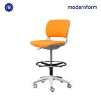 Modernform เก้าอี้เอนกประสงค์ รุ่น B-One (S02) พลาสติก เฟรมขาว เบาะผ้าสีส้ม ที่เหยียบวงกลมดำ (ตัวสูง)