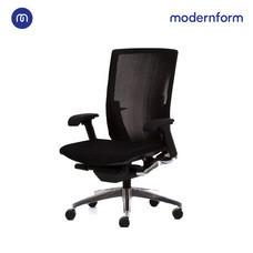 Modernform เก้าอี้เพื่อสุขภาพ รุ่น VENTO เบาะผ้าดำ พนักพิงตาข่ายดำ