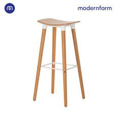 Modernform เก้าอี้บาร์สตูลสูง รุ่น ETI 002C เบาะไม้สีขาว ขาไม้จริง ที่วางเท้าเหล็กสีขาว