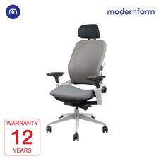 Modernform เก้าอี้ Steelcase  ergonomic รุ่น Leap พนักพิงสูง ขา PLATINUM เบาะเเละพนักผ้าสีเทา เก้าอี้เพื่อสุขภาพ
