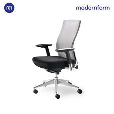 Modernform เก้าอี้สำนักงาน  รุ่น Series15 เบาะสีดำ พนักพิงกลางสีเทา พนักพิงหุ้มด้วยตาข่าย