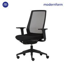 Modernform เก้าอี้สำนักงาน รุ่น TR พนักพิงกลาง มีระบบโยกเอน Natural Glide   พนักพิงตาข่ายสีดำ