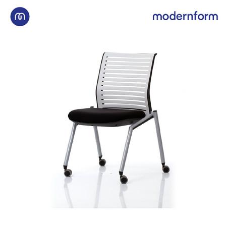Modernform เก้าอี้เอนกประสงค์ เก้าอี้ประชุม เก้าอี้สัมมนา รุ่น Tec (03) พนักพิงกลาง สีดำ