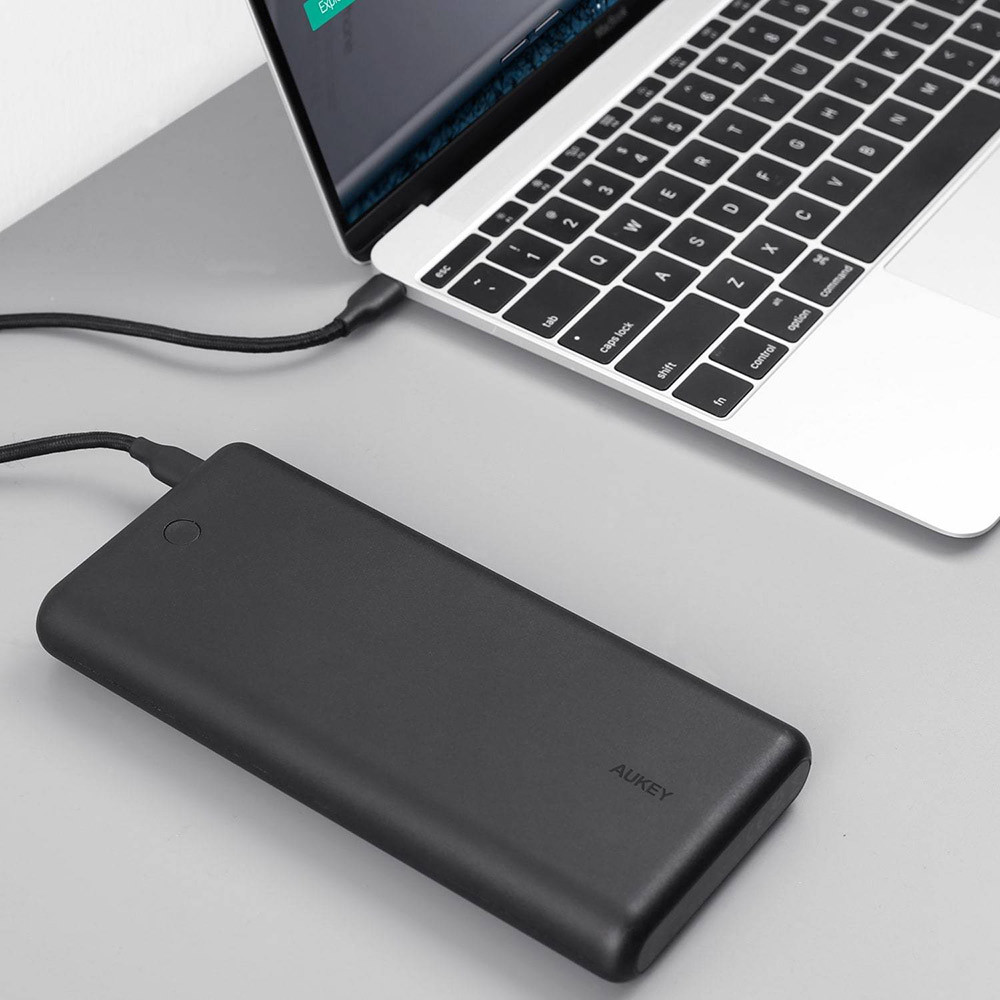 23---aukey-26800mah-power-delivery-3.jpg