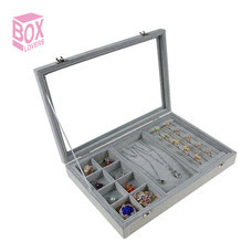 Boxlovershop กล่องใส่เครื่องประดับกำมะหยี่ รุ่น AG-002