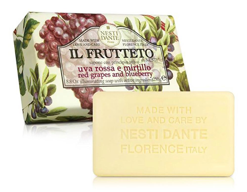 04-nesti-dante-red-grapes--blueberry-250