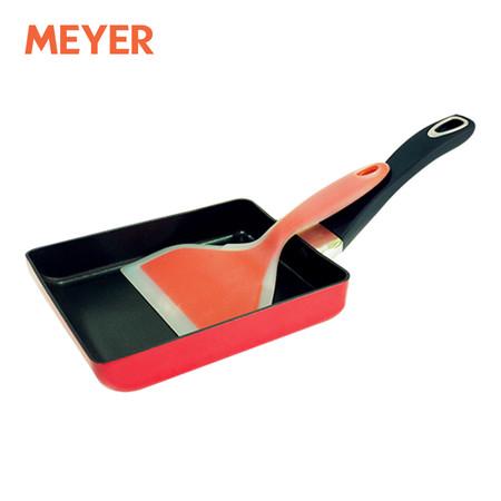 MEYER กระทะทำไข่ม้วน ขนาด 13 x 18 ซม. พร้อมตะหลิวซิลิโคน รุ่น Cooking For Me (15009-C) - สีแดง