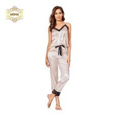 Wolfox ชุดนอนผ้าซาติน รุ่น Cami Lace Long Pants สีชมพู/ดำ
