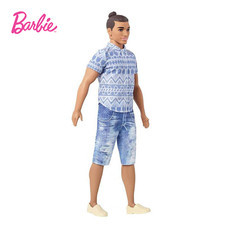 Ken Fashionistas Doll New Look Distressed Denim - Curvy ตุ๊กตาบาร์บี้ผู้ชาย เคน แฟชั่นนิสต้า ชุดยีนส์ หุ่นล่ำ