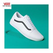 รองเท้าผ้าใบ VANS รุ่น CLASSIC TUMBLE COMFYCUSH OLD SKOOL สี True white