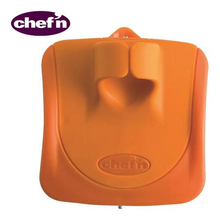 Chef'N ที่ปอกเปลือกผักและผลไม้แบบฟันปลา รุ่น Palm Peeler Serrated - สี Arugula