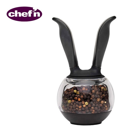 Chef'N เครื่องบดพริกไทย รุ่น Pepper Ball - สีดำใส
