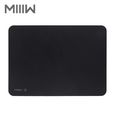 MIIIW Gaming Mouse Pad แผ่นรองเมาส์สำหรับเล่นเกม กันลื่น บางเฉียบ ขนาด 355 x 255 x 2.35 มม.