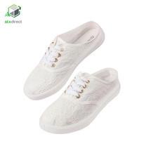 MIOMORI รองเท้าผ้าใบแต่งลายลูกไม้