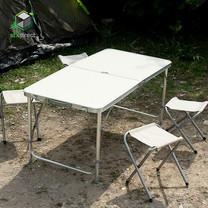 ชุดโต๊ะสนามพับได้พร้อมเก้าอี้