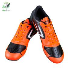 รองเท้าสตั๊ดสำหรับเตะฟุตบอล